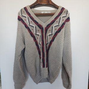 Vintage // 417 Van Heusen knit v-neck crochet